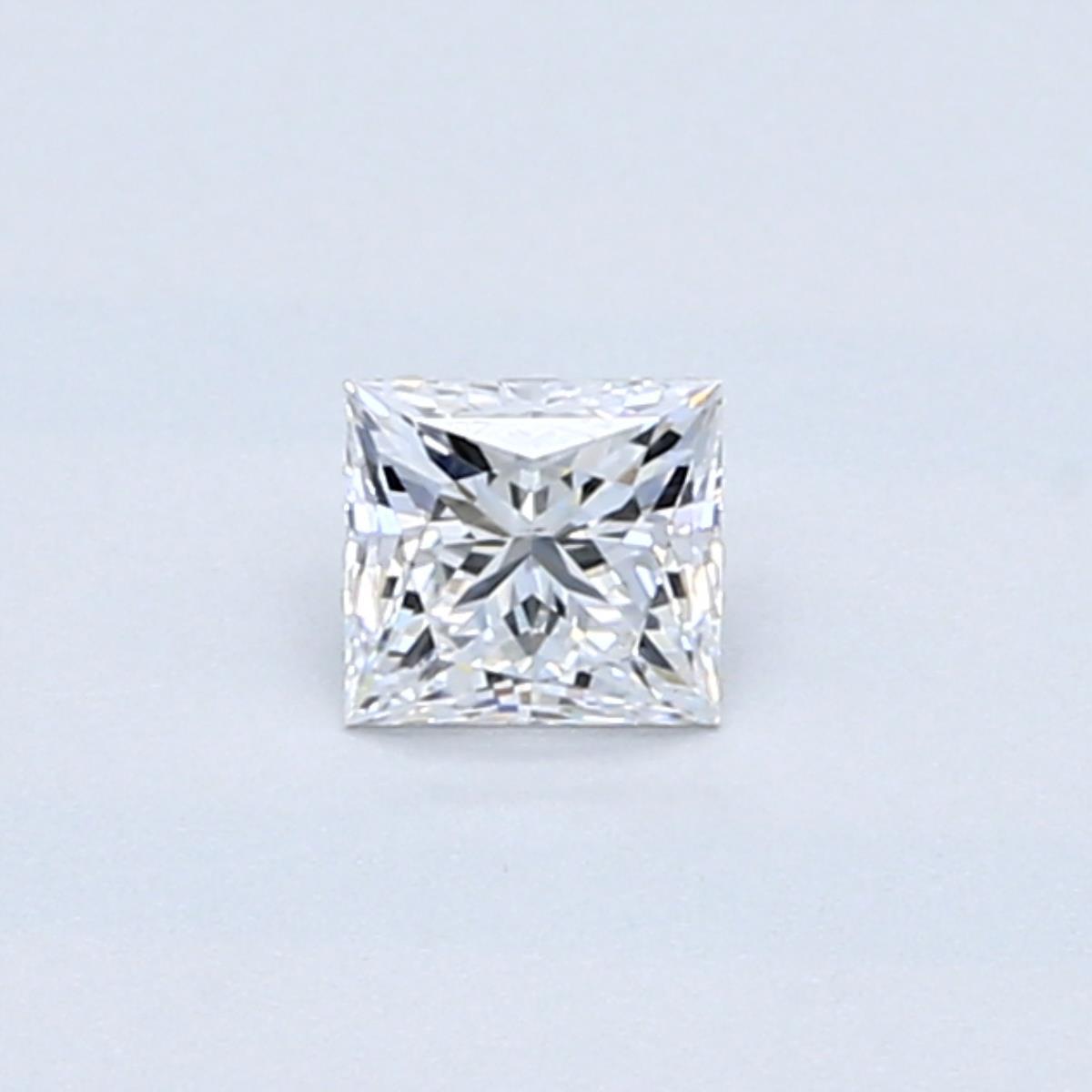 0.32 PR Diamond (D, SI1)
