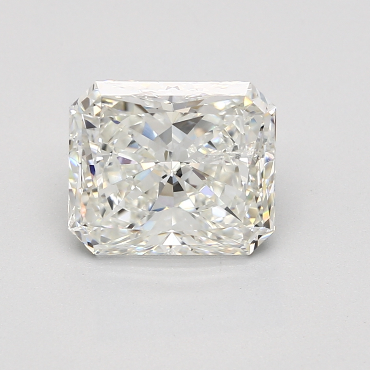 3.23 carat Radiant Diamond, Very Good cut, graded by the GIA laboratories.