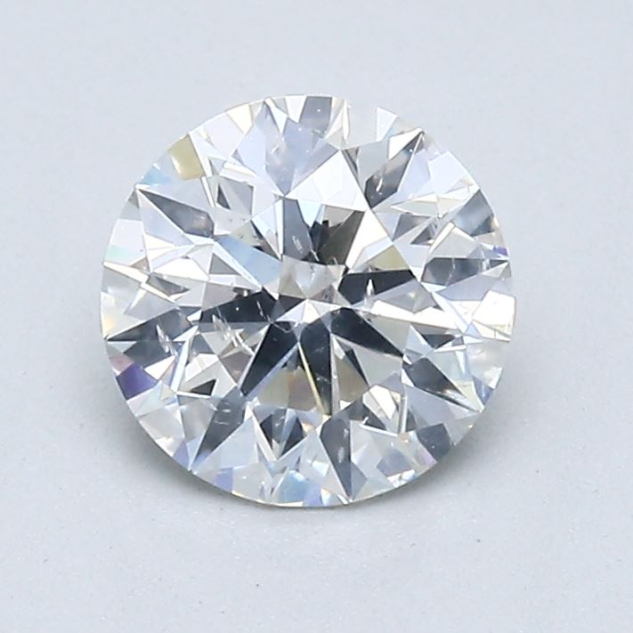Diamond with multiple inclusions on the center table