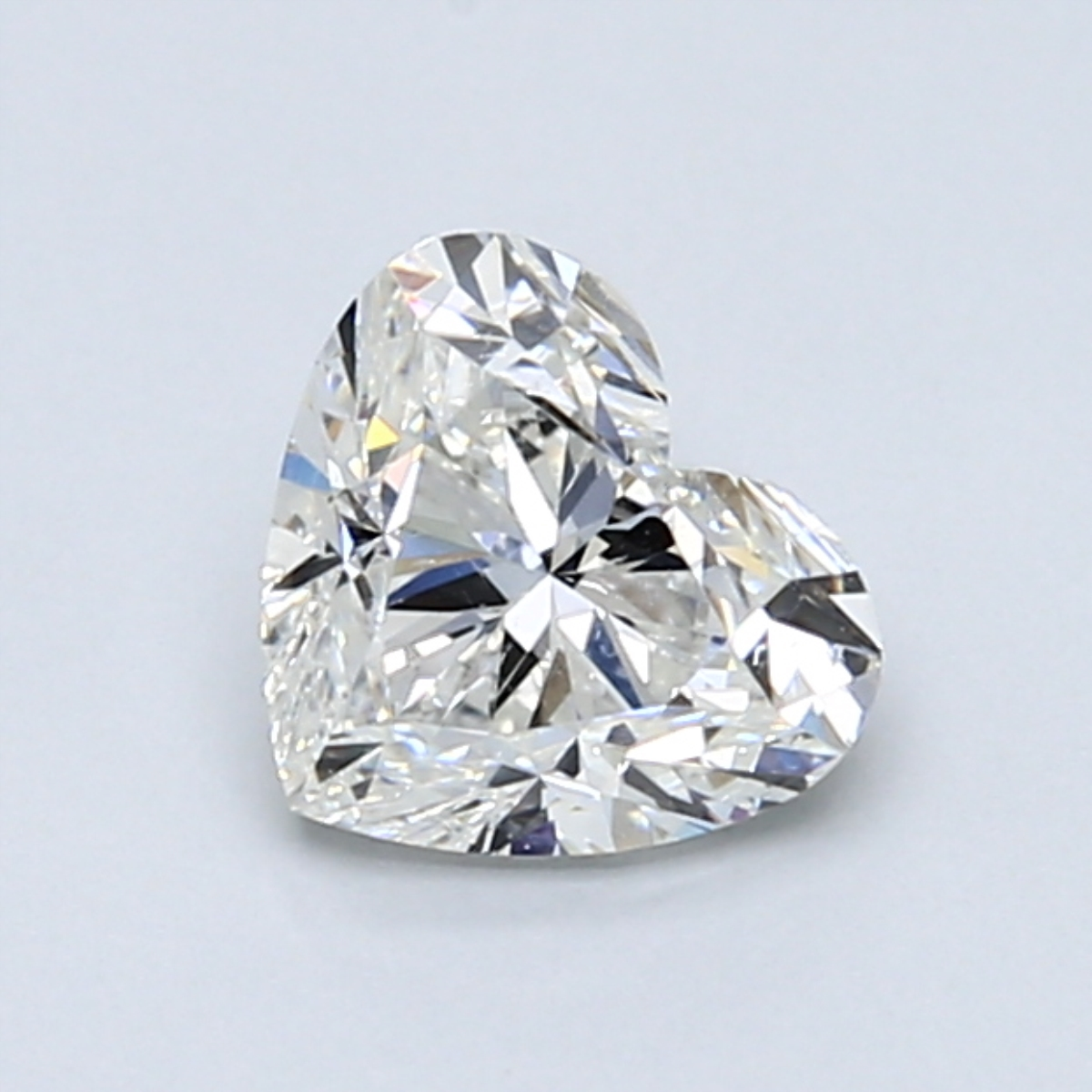 .90 carat Heart Diamond, Good cut, graded by the GIA laboratories.